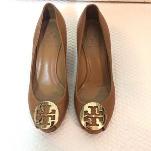 Tory Burch Sally 2 Leather Wedge Heels Camel Gold